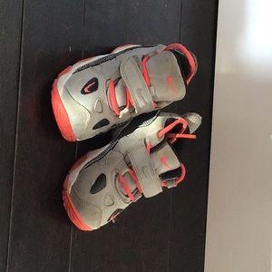 Nike toddler shoe